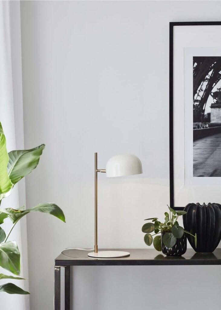 Lampa stołowa Pose Markslojd