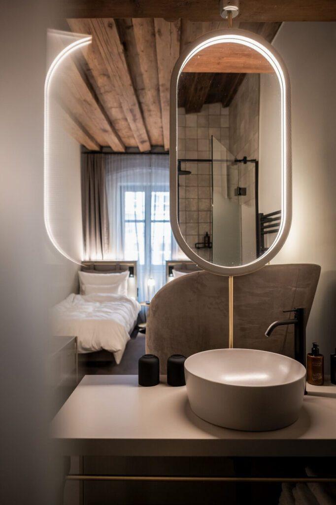 Altstadthotel Weisses Kreuz - hotel w centrum Innsbrucka - foto Alex Filz