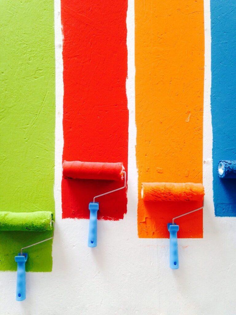 Jak malować ściany - porady i inspiracje w 7 krokach - David Pisnoy - Unsplash