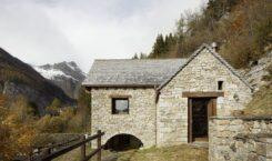 House Cinsc – dom w starej stajni we włoskich Alpach