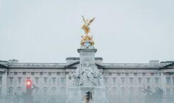 Pałac Buckingham – historia, zwiedzanie i ciekawostki