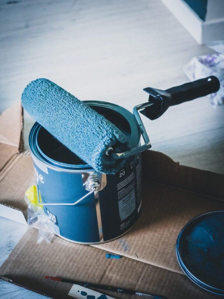 Jak malować ściany - porady i inspiracje w 7 krokach - Sven Brandsma - Unsplash