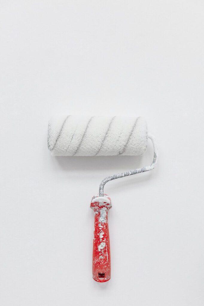 Jak malować ściany - porady i inspiracje w 7 krokach - Yoann Siloine - Unsplash